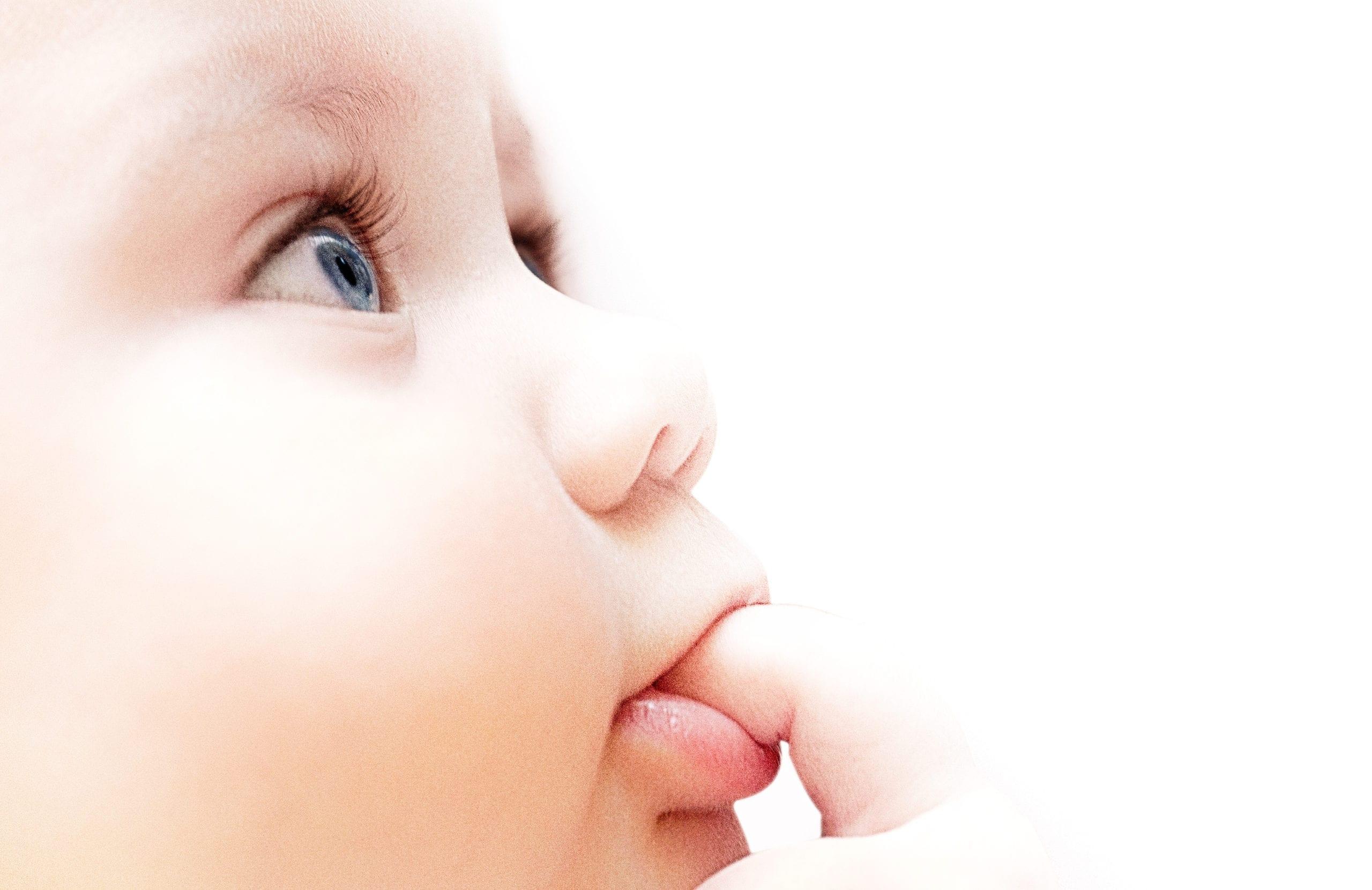 tête de bébé ayant des allergies alimentaires