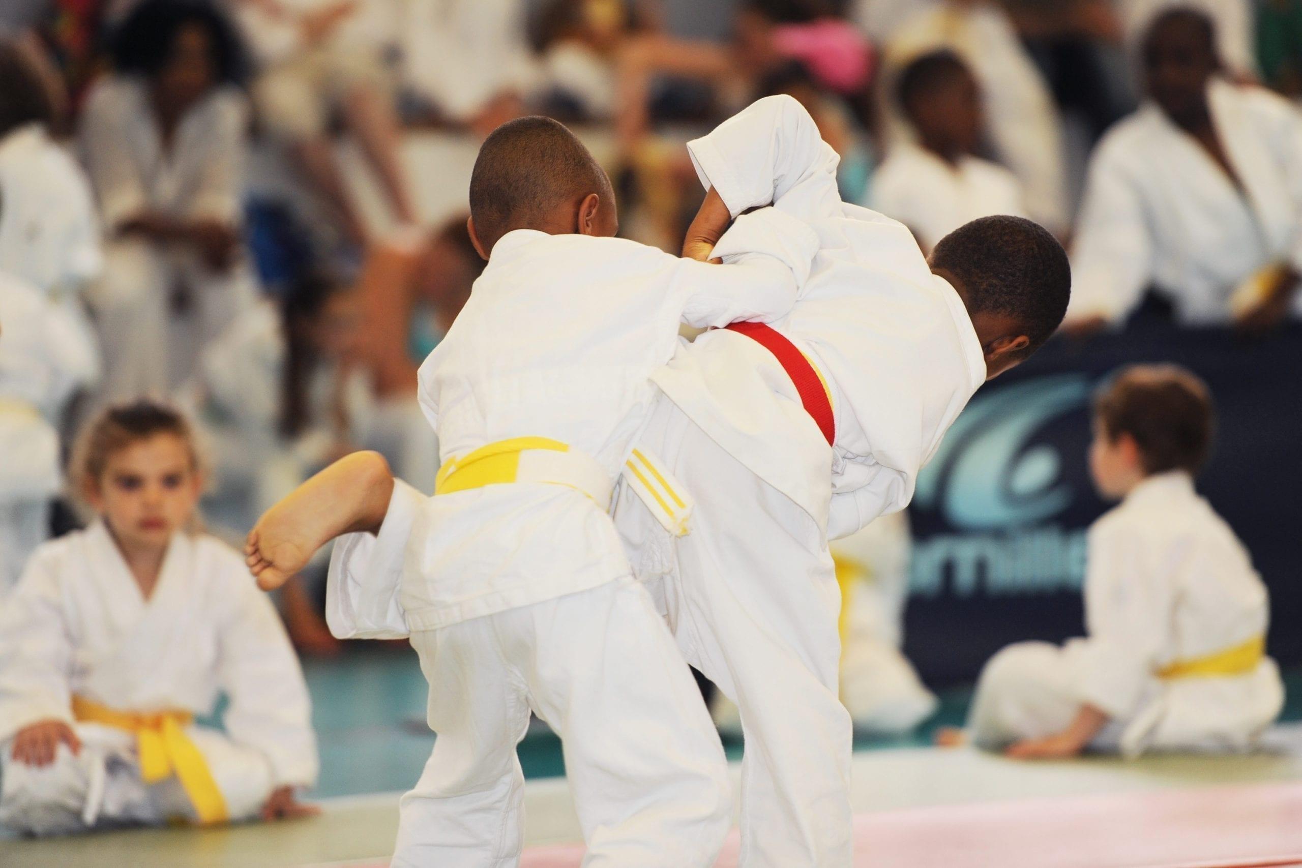 enfant allergique faisant du judo