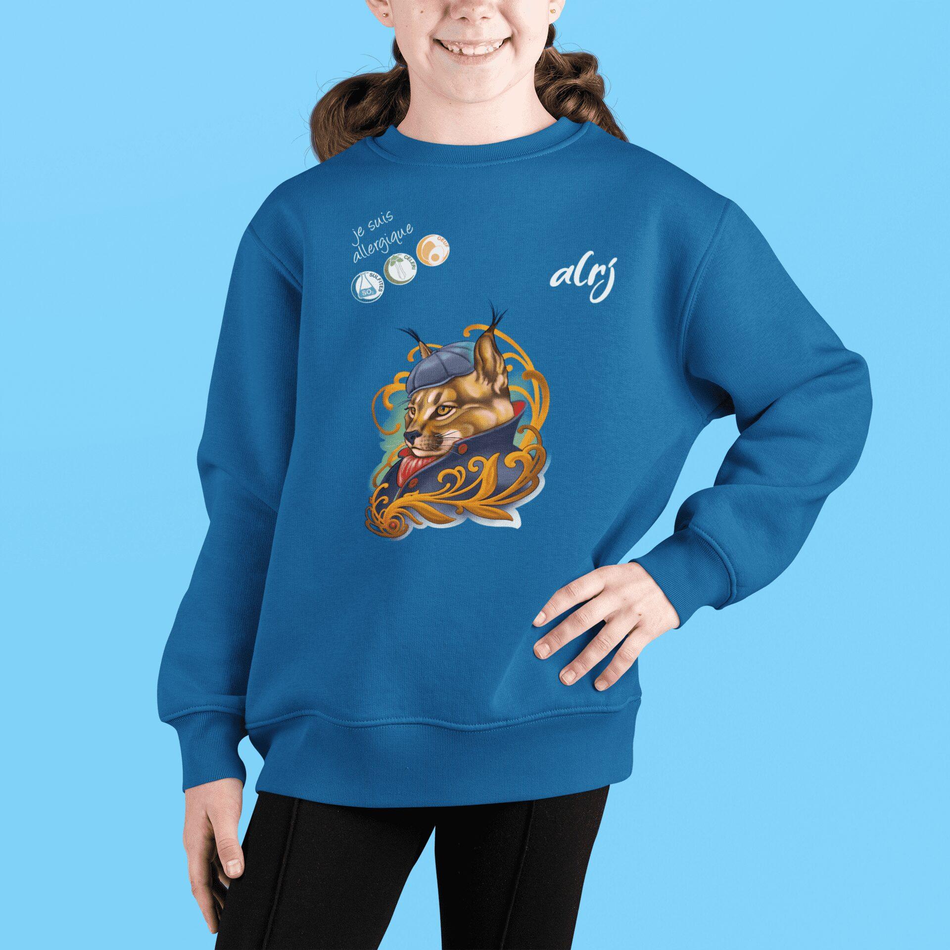 fille portant un pull alrj allergies alimentaires motif lynx